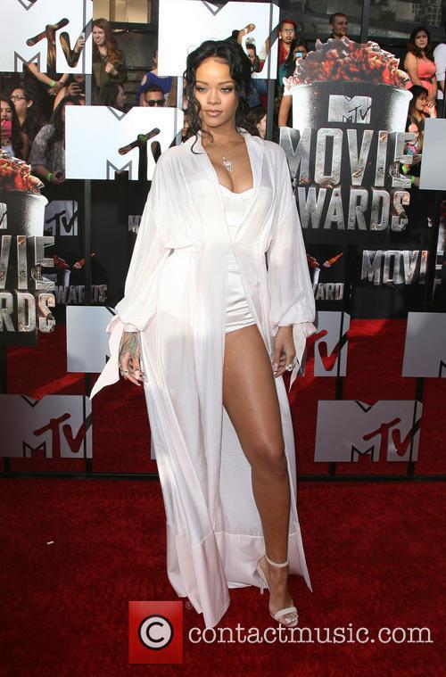 rihanna mtv movie awards 2014 arrivals 4154746