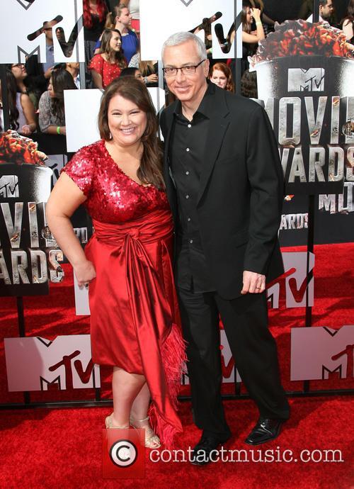 Annette Ermshar and Drew Pinsky 4