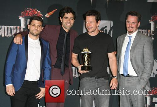 Jerry Ferrara, Adrian Grenier, Mark Wahlberg and Kevin Dillon 3