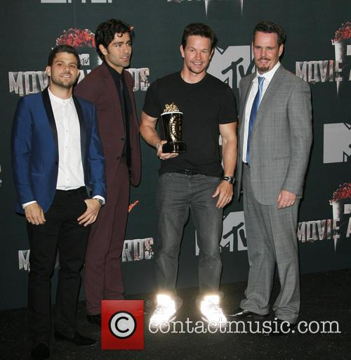 Jerry Ferrara, Adrian Grenier, Mark Wahlberg and Kevin Dillon 4