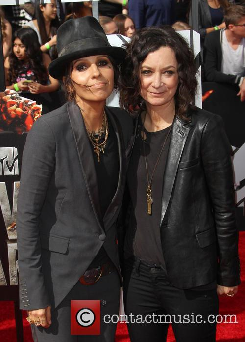 Linda Perry and Sara Gilbert 4