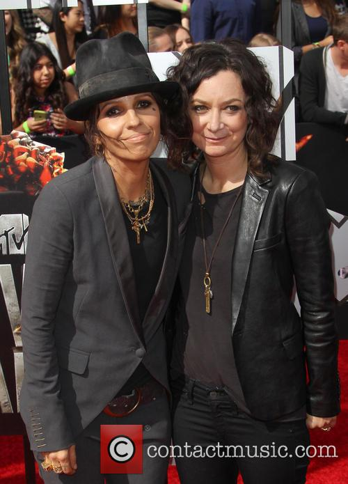 Linda Perry and Sara Gilbert 7