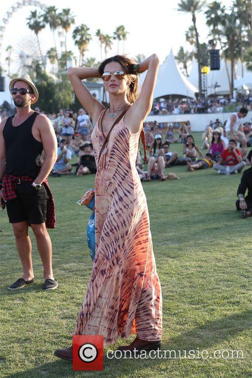 Alessandra Ambrosio poses like a model at Coachella