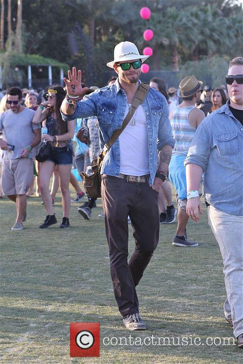Kellen Lutz looks cool at Coachella day 3