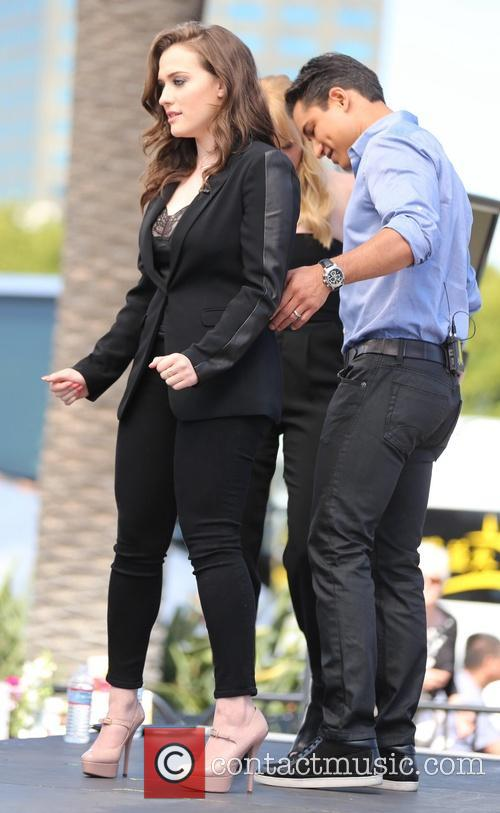 Kat Dennings and Mario Lopez