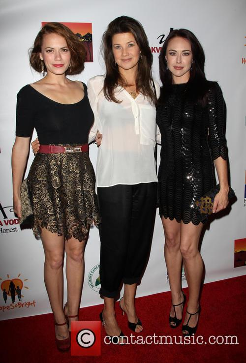Daphne Zuniga, Bethany Joy Lenz and Lindsey Mckeon