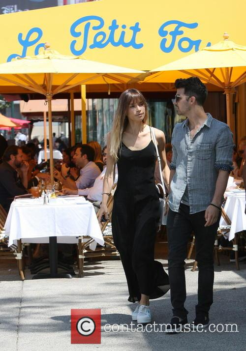 Joe Jonas and Blanda Eggenschwiler 3
