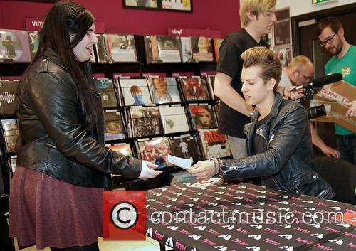 James Mcvey and The Vamps 8