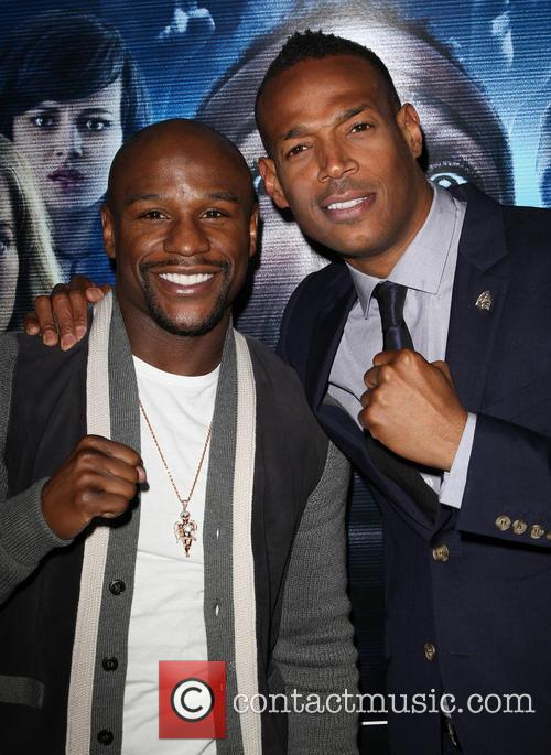 Floyd Mayweather Jr and Marlon Wayans 6