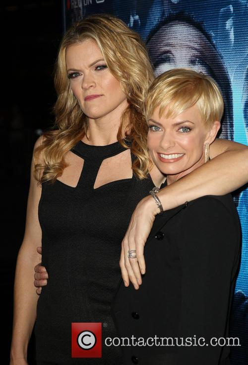 Missi Pyle and Jaime Pressly 1