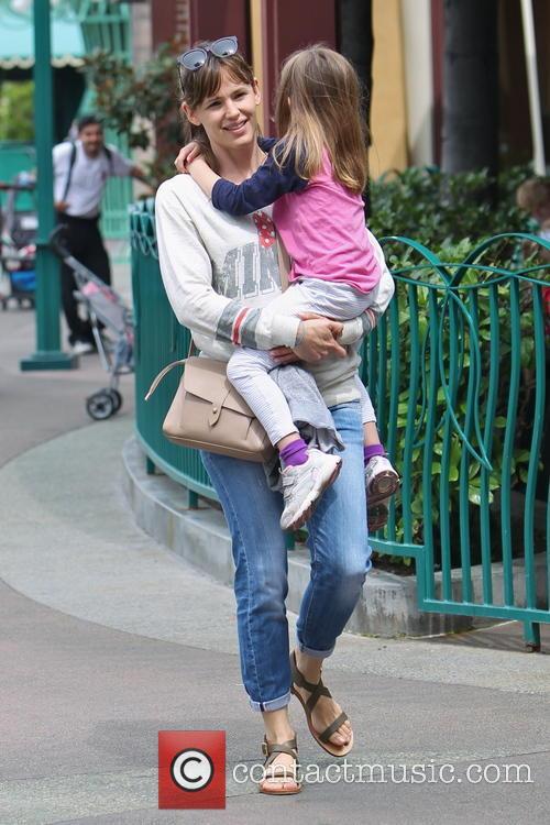 Jennifer Garner Spends Birthday At Disneyland Park