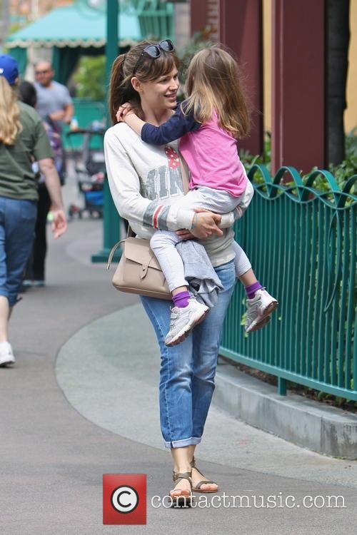 Jennifer Garner Spends Birthday At Disneyland Park