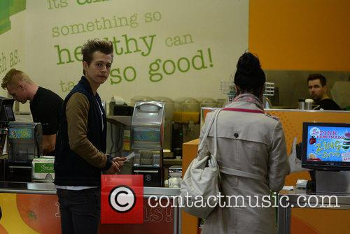 James McVey and The Vamps 14