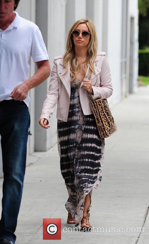 Ashley Tisdale 12