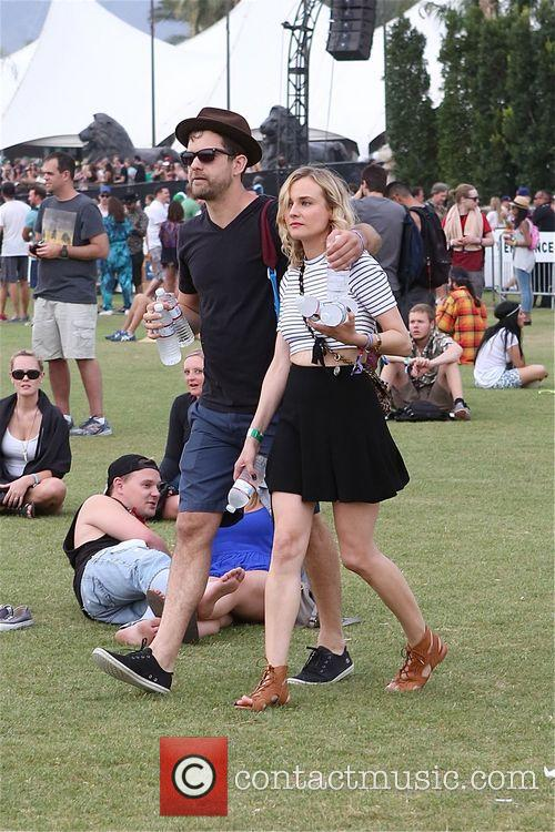 Diane Kruger and Joshua jackson 18