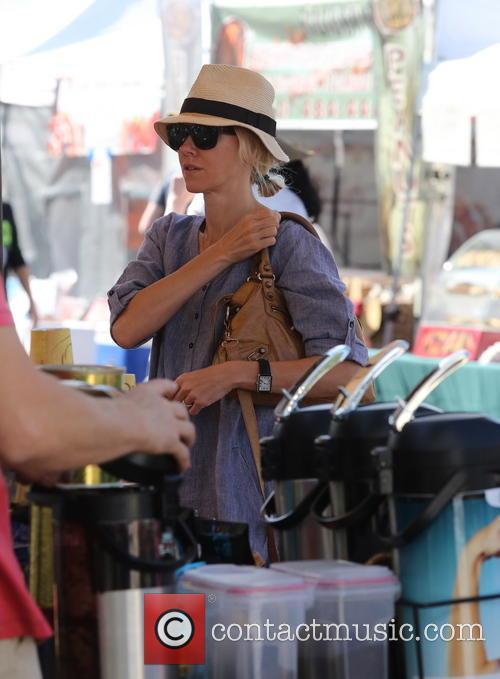 Naomi Watts shops at a Farmers Market