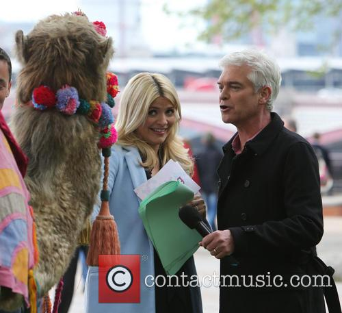 Holly Willoughby and Phillip Schofield 15