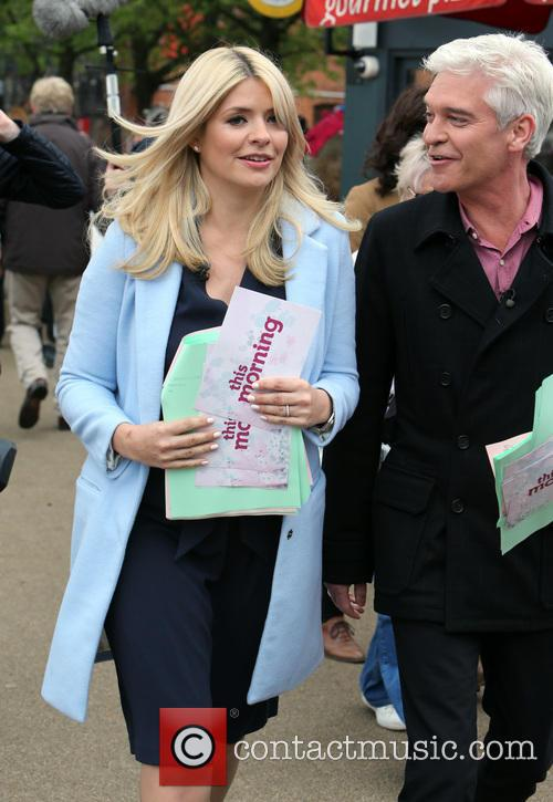 Holly Willoughby and Phillip Schofield 35