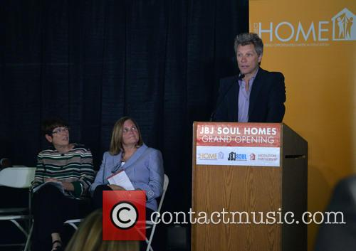 Jon Bon Jovi, Joan Dawson Mcconnon and Sister Mary Scullion 1