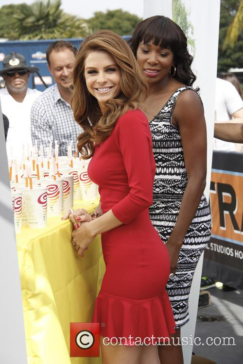 Venus Williams and Maria Menounos 7
