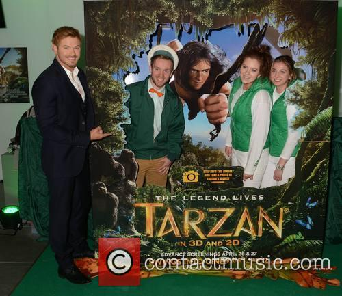 Kellan Lutz, Francis Mcdonnell, Jade Gallagher and Suzie Dundon 4