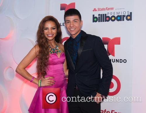 Billboard, Leslie Grace and Luis Coronel 2