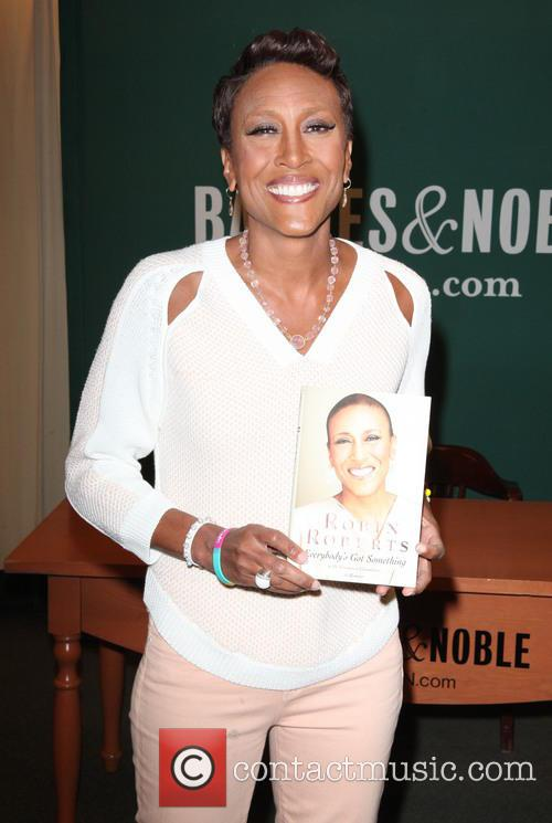 Robin Roberts signs copies of her book 'Everybody's...