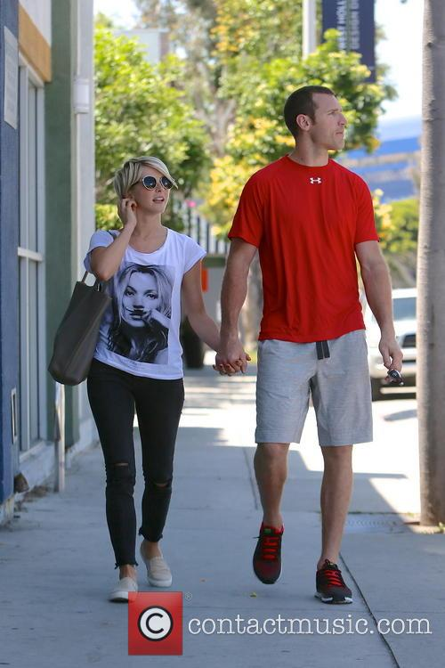 Julianne Hough and Brooks Laich 3