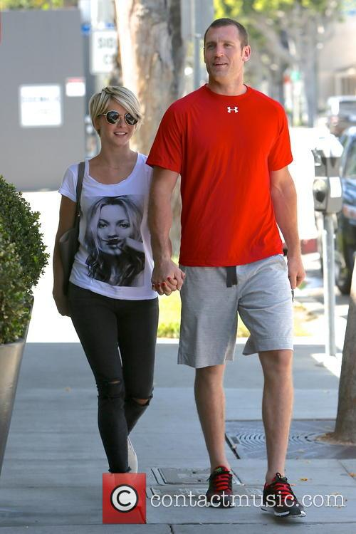 Julianne Hough and Brooks Laich 6