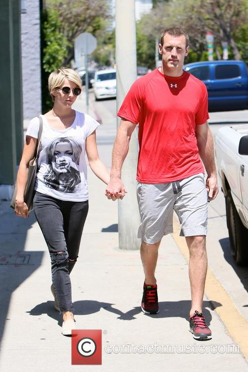 Julianne Hough and Brooks Laich 7