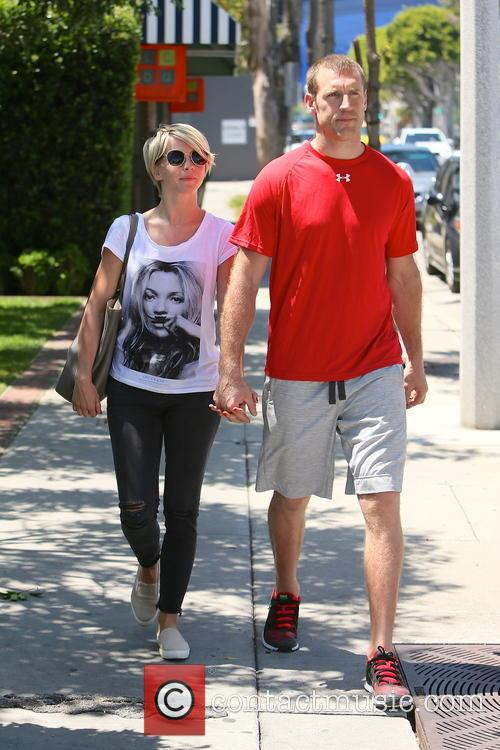 Julianne Hough and Brooks Laich 9