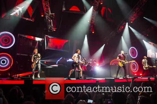 Tom Fletcher, Danny Jones, Dougie Poynter, Harry Judd, James Bourne and Matt Willis 40
