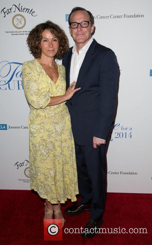 Jennifer Grey and Clark Gregg 1