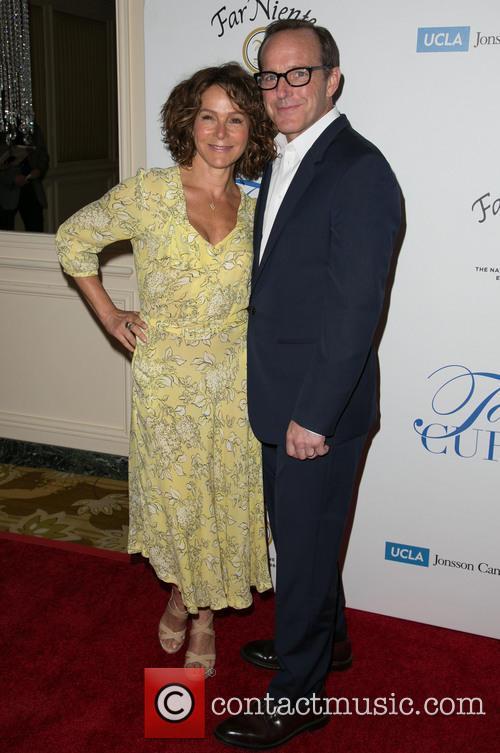 Jennifer Grey and Clark Gregg 10