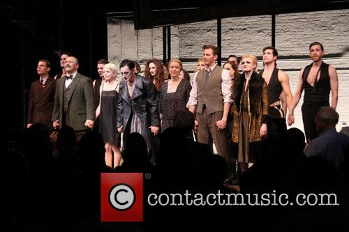 Aaron Krohn, Danny Burstein, Michelle Williams, Alan Cumming, Linda Emond, Bill Heck and Gayle Rankin 8