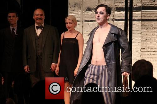 Aaron Krohn, Danny Burstein, Michelle Williams and Alan Cumming 2