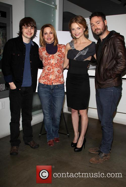 Brendan Meyer, Sharon Lawrence, Izabella Miko and Jude Tucker 4