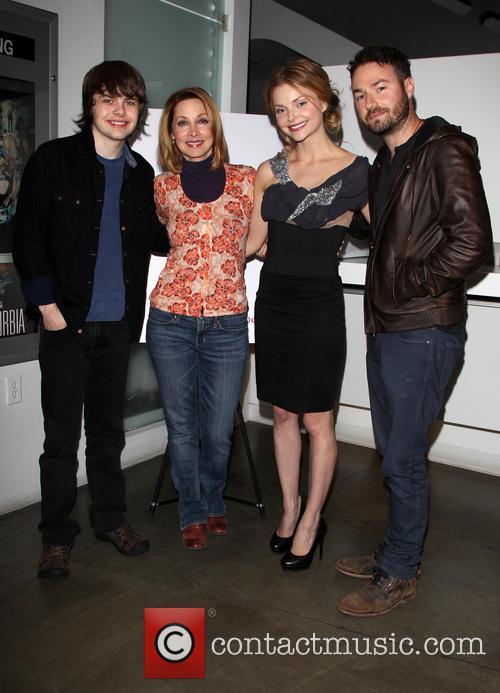 Brendan Meyer, Sharon Lawrence, Izabella Miko and Jude Tucker 1