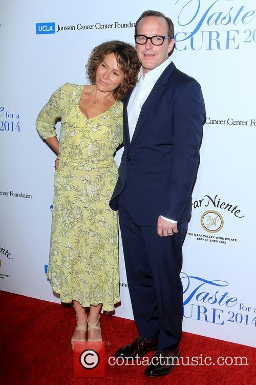 Jennifer Grey and Clark Gregg 2