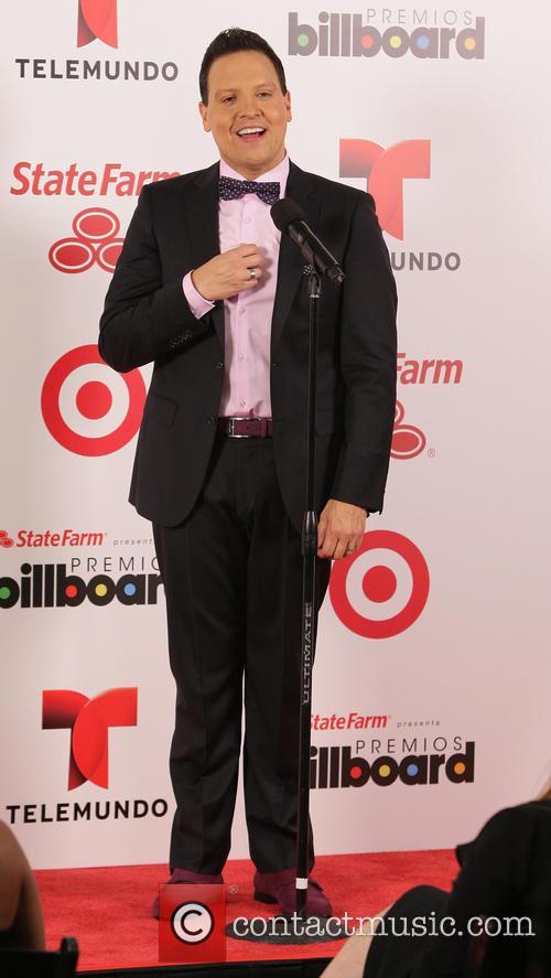 Billboard and Raul Gonzalez 6