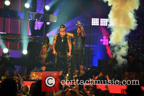 Luis Fonsi and Wisin 10