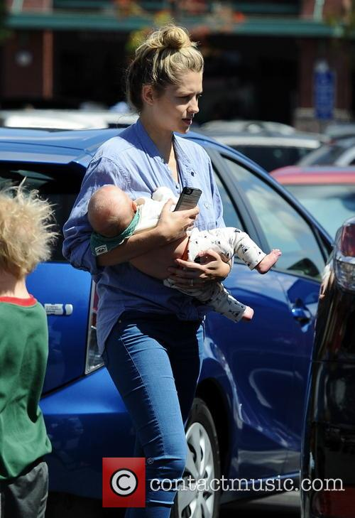 Teresa Palmer spotted with newborn son Bodhi