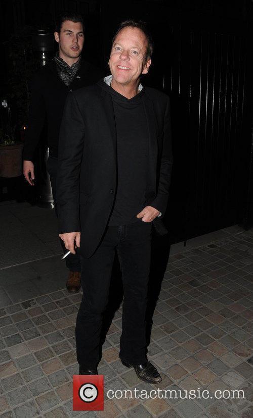 Kiefer Sutherland 22