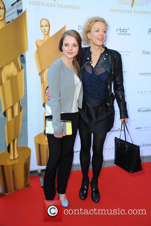 Jella Haase and Katja Riemann 6