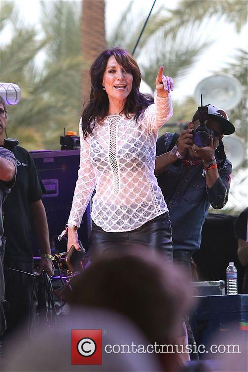 Katey Sagal plays at Stagecoach with the forest...