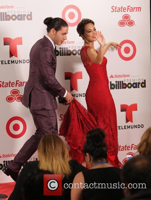 Billboard and Maria Elisa Camargo 5