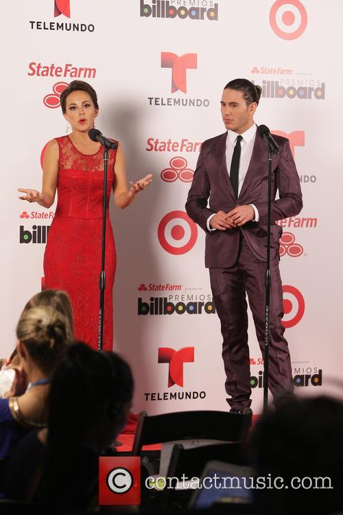 Billboard and Maria Elisa Camargo 8