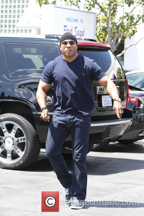 LL Cool J leaving Mauro's Cafe at Fred...