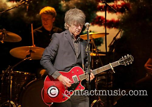 Neil Finn In Concert
