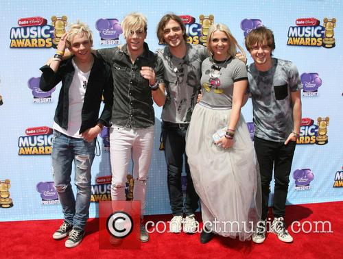 Ross Lynch, Riker Lynch, Rocky Lynch, Rydel Lynch and Ellington Ratliff Of 'r5' 2